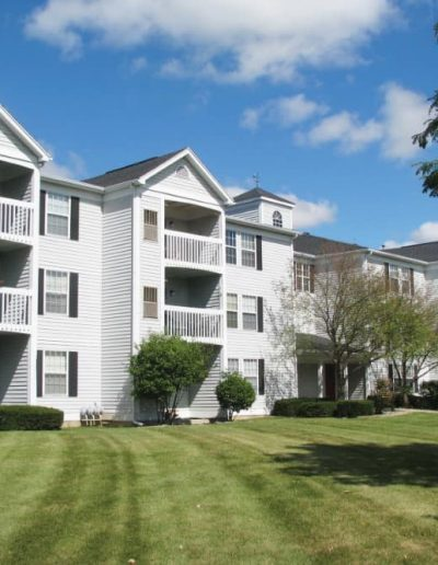 fairfax-apartments-for-rent-in-west-lansing-delta-township-mi-gallery-1